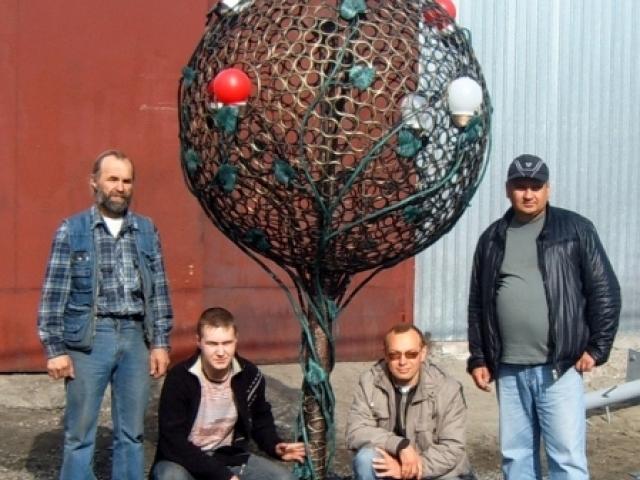 Кованое дерево